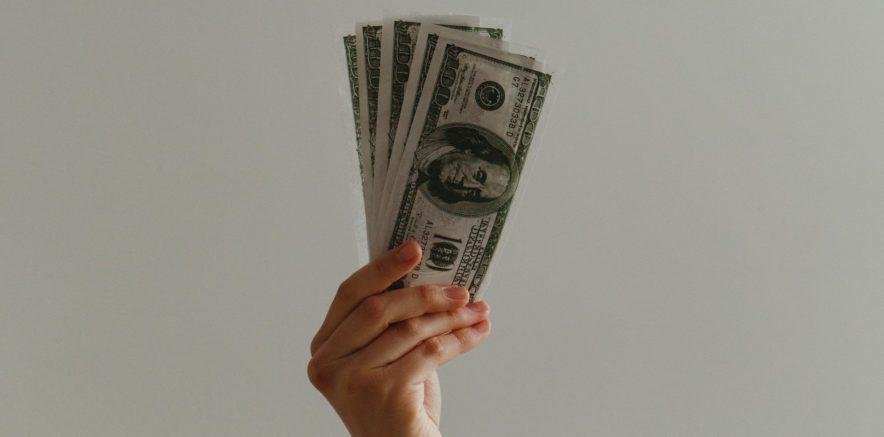 US dollars cash advance